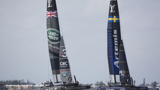 "Image licensed to Lloyd Images  The Louis Vuitton Americas Cup World Series. Hamilton. Bermuda. Pictures of the LandRover BAR team skippered by Ben Ainslie (GBR) in action during the final days racing on ""Super Sunday""  Credit: BAR/Lloyd Images"